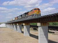 Hanson provided design, permitting and construction engineering services to BNSF Railway for a 1,374-foot-long railroad bridge over the Canadian River, located north of Canadian in Hemphill County, Texas.