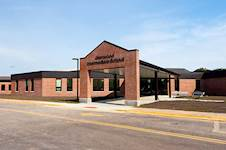 Hanson provided mechanical, electrical, plumbing and structural engineering services for the installation of a geothermal variable refrigerant flow (VRF) HVAC system at Glenwood Intermediate School in Chatham, Illinois.