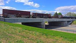 Hanson provided project development, construction plan preparation and construction engineering services for three grade separations in Galesburg, Illinois, including the Rev. John A. Sibley Sr. Underpass on East Main Street.