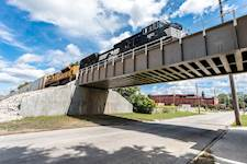 Hanson provided engineering services for the rehabilitation of Norfolk Southern Bridge DH-376.74 in Decatur, Illinois.