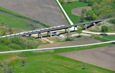 Hanson provided engineering services for the replacement of BNSF Bridge 203.6 in Henderson County, Illinois.
